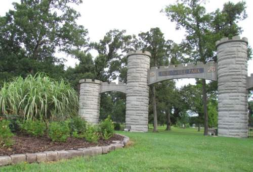 entrance to noble park