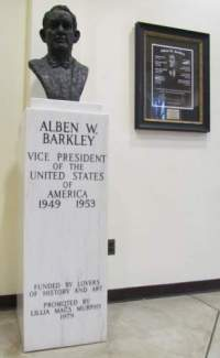 Barkley Memorial at City Hall